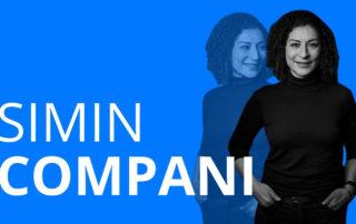 Das Bild zeigt die Frau Simin Compani, die in einem Videointerview über ihren Berufsweg erzählt und wie sie mit ihrer Ausbildung zur Erzieherin viele Ziele erreichen konnte und heute als Sozialfachwirtin arbeitet.
