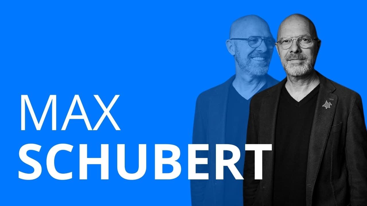Das Bild zeigt Max Schubert, der viele Ausbildungen gemacht hat und heute Technischer Leiter an den städtischen Bühnen Frankfurt ist.