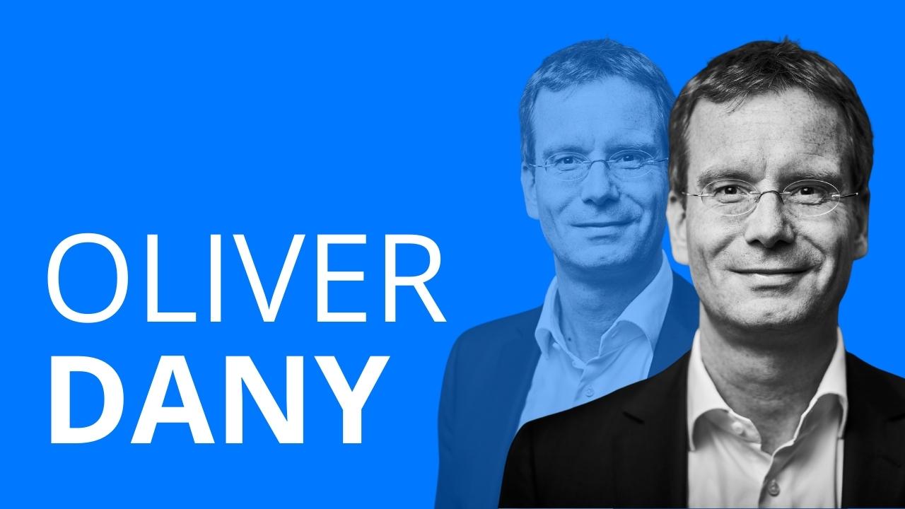 Der Mann Oliver Dany erzählt über seinen beruflichen Werdegang vom Studium der Geschichte hin zum Unternehmensberater.